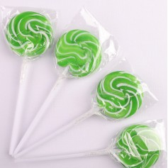 Green Color Mini  Lollipops 15G