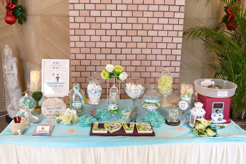 Candy Corner / Candy Bar Professional On-site Services at Hong Kong Parkview Candy Corner Theme: Green & White & Tiffany Blue