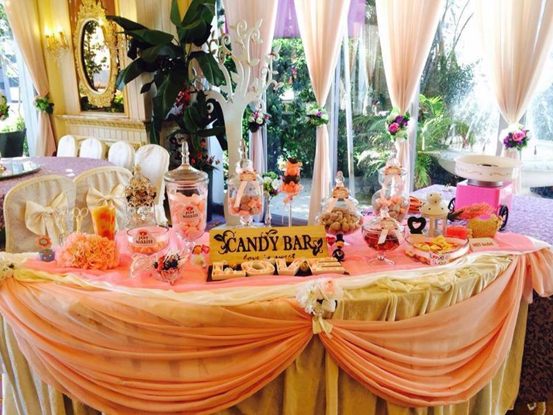 Candy Corner / Candy Bar Professional On-site Services at at 九龍灣國際交易中心 - 皇廷酒家 Candy Corner Theme: Pink Color